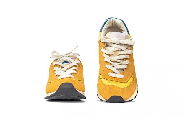 Moda zapatillas zapatillas aisladas sobre fondo blanco.