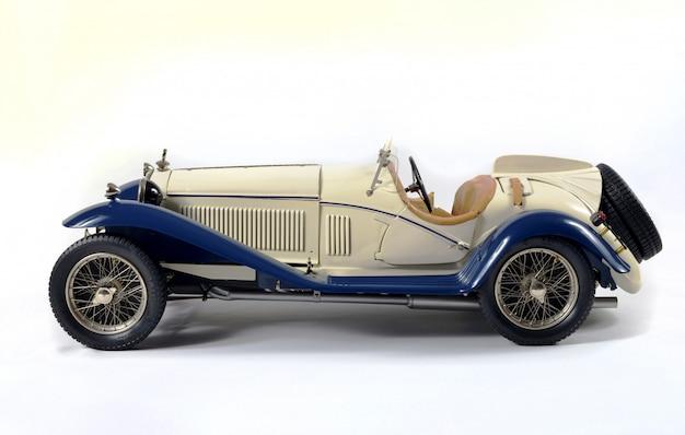 Modelo de coche de época