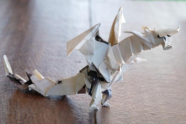 Modelo origami dragon