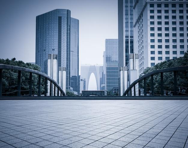 Modernos edificios comerciales
