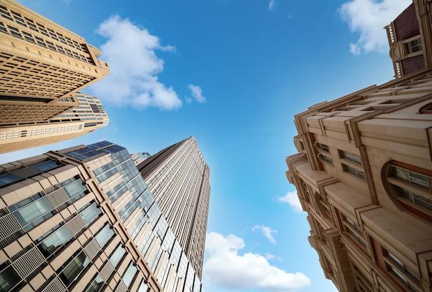Modernos rascacielos de la metrópoli, tianjin, china.