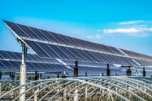 Módulos fotovoltaicos para energías renovables.