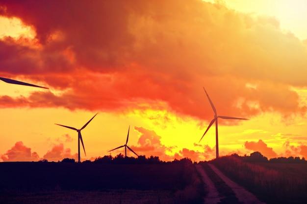 Molinos de viento energía alternativa.