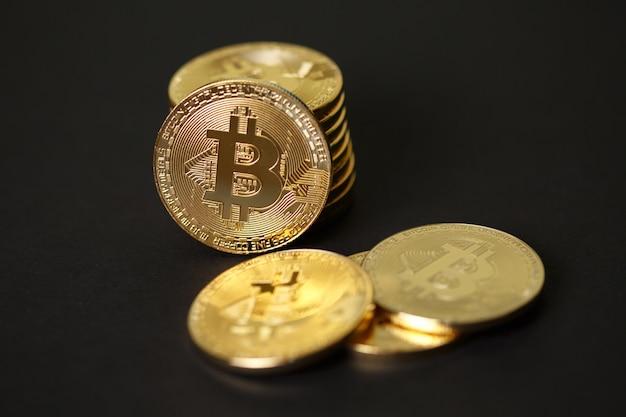 Monedas de oro de moneda criptográfica bitcoin