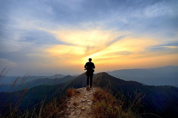 Montaña khao chang phuak - kanchanaburi