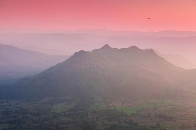 Montañas aravalli, udaipur