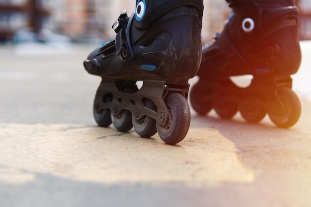 Para montar en patines