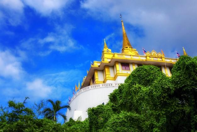 El monte dorado en wat saket, travel landmark de bangkok, tailandia