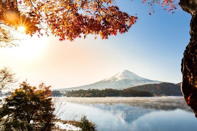 Monte fuji sunrise lago kawaguchiko