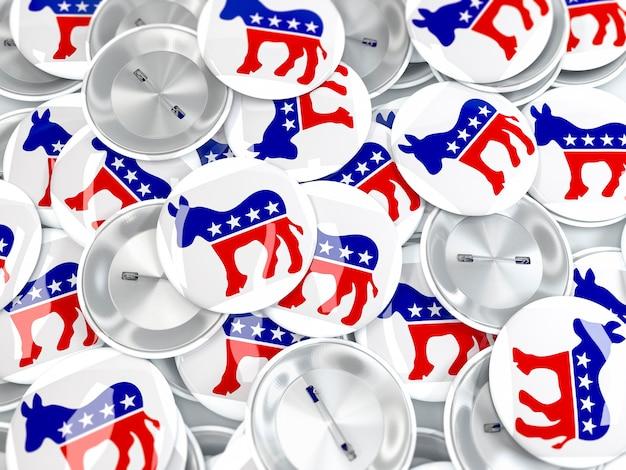 Montón de insignias de botones con burro. símbolo del partido democrático estadounidense