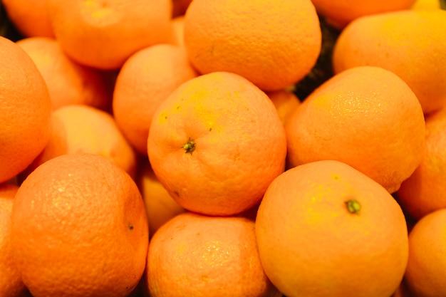 Montón de primer plano de mandarinas