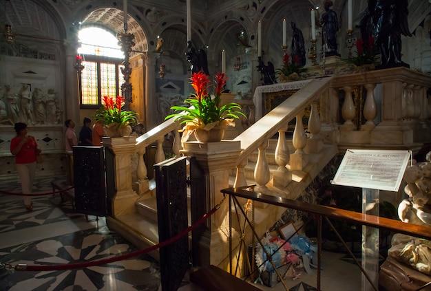 Monumento funerario de san antonio de padua
