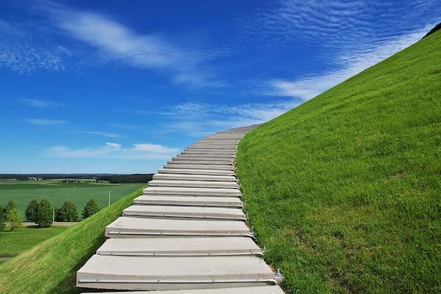 Monumento del montículo de gloria en bielorrusia