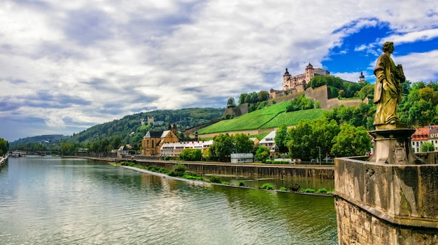 Monumentos y hermosas ciudades de alemania. wurzburg en baviera