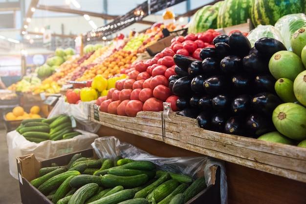 Mostrador del mercado de agricultores