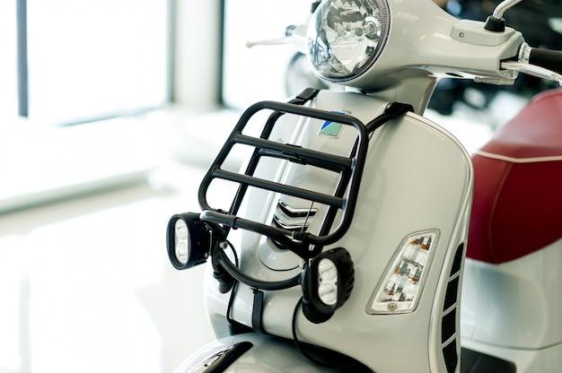 Motocicleta retro de cerca