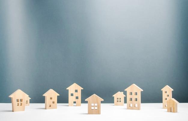 Muchas casas de madera