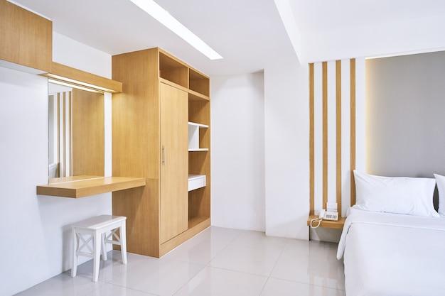 Muebles empotrados, tocador del apartamento del hotel