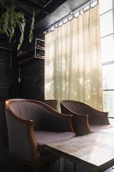 Muebles de estilo vintage en la sala de estar