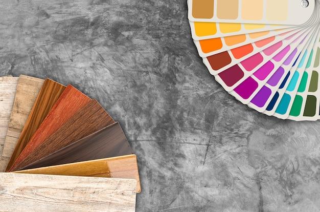 Muestras de muestras de color y guía de colores de madera