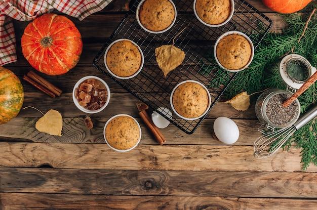 Muffins caseros de calabaza de otoño con semillas de chía