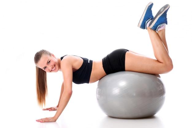 Mujer atlética trabajando