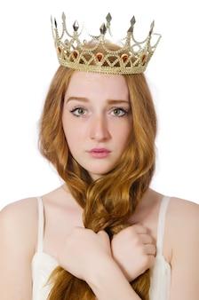 Mujer con corona aislada en blanco