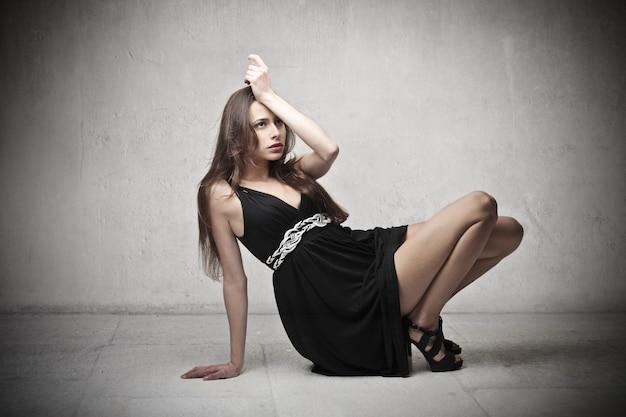 Mujer elegante, posar