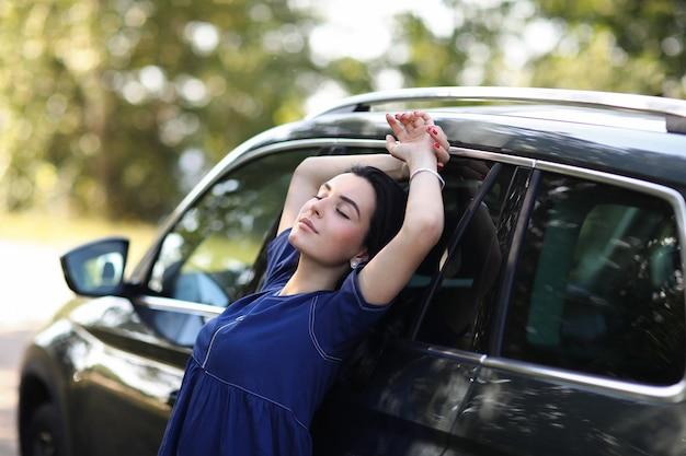 Mujer, con, ella, coche