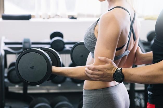 Mujer, entrenamiento, instructor