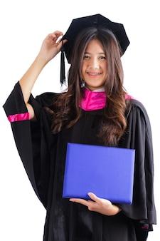 Mujer graduada de la universidad