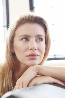 Mujer hermosa