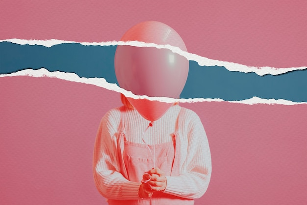 Mujer con imagen de globo en estilo de papel rasgado