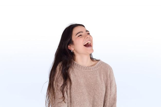 Mujer joven, reír
