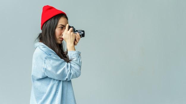 Mujer joven, tomar fotografías