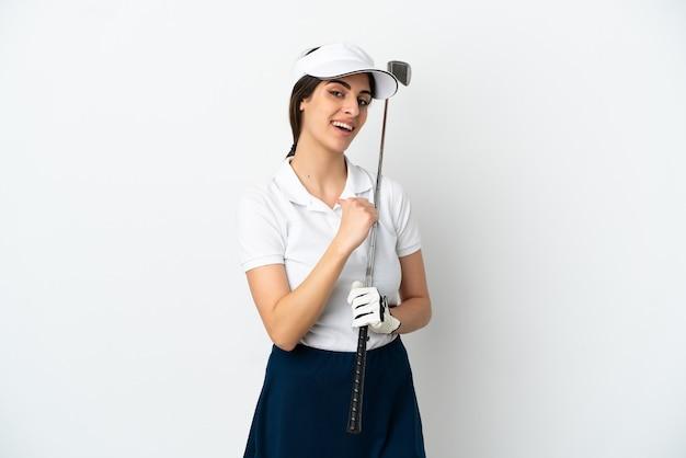 Mujer de jugador de golfista joven guapo aislada sobre fondo blanco orgulloso y satisfecho de sí mismo