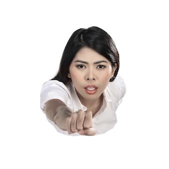 Mujer de negocios asiática volando