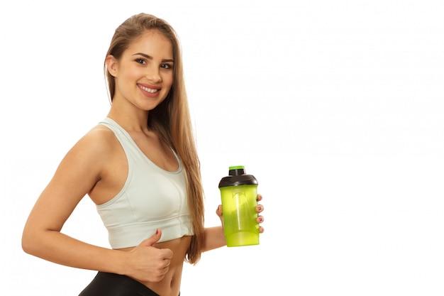 Mujer sana hermosa fitness lista para entrenar