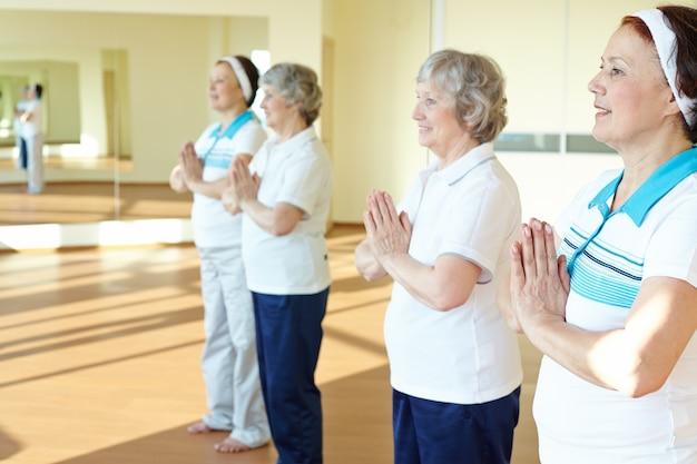 Mujeres disfrutando la jubilación