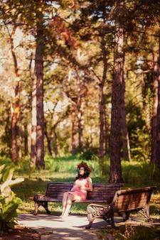 Mujeres embarazadas en el parque