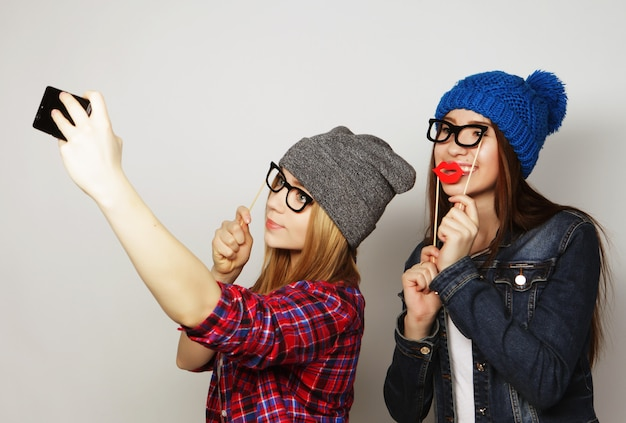 Mujeres tomando una selfie