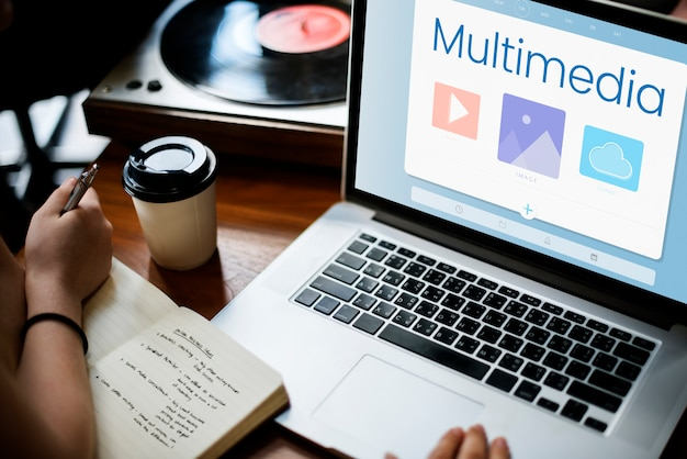 Multimedia en una laptop