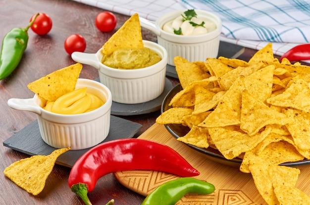 Nachos concepto de comida mexicana.