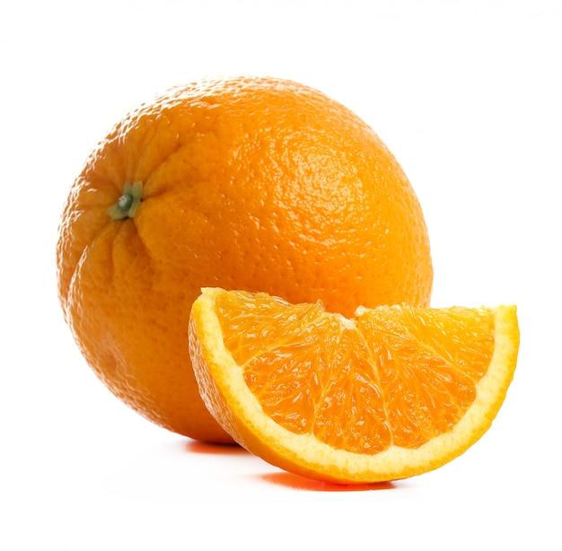 Naranja sobre blanco sobre blanco