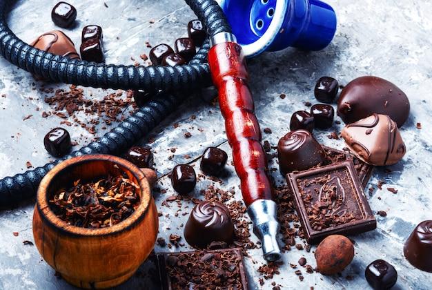Narguile de tabaco con sabor a chocolate