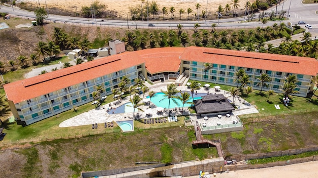 Natal, rio grande do norte, brasil - 12 de marzo de 2021: imagen aérea del hotel aram praia marina