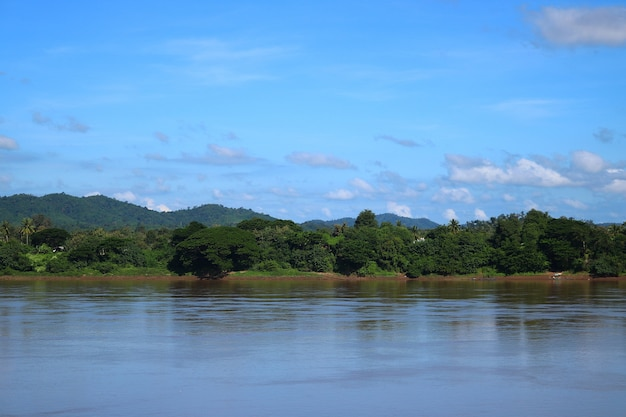 Naturaleza del paisaje del río mekong, chiang khan, tailandia