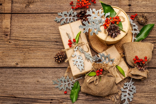 Navidad cero concepto de residuos. embalaje ecológico de año nuevo.