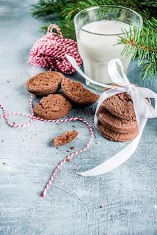 Navidad festiva leche y galletas