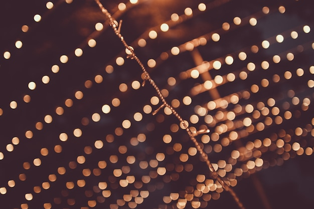 Navidad, guirnalda brillante con pequeñas luces